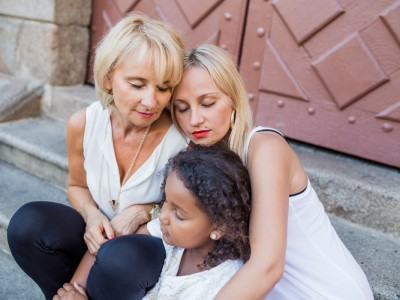 Séance famille Lifestyle - Nadine, Aurélia & Enrika - Rennes BRETAGNE