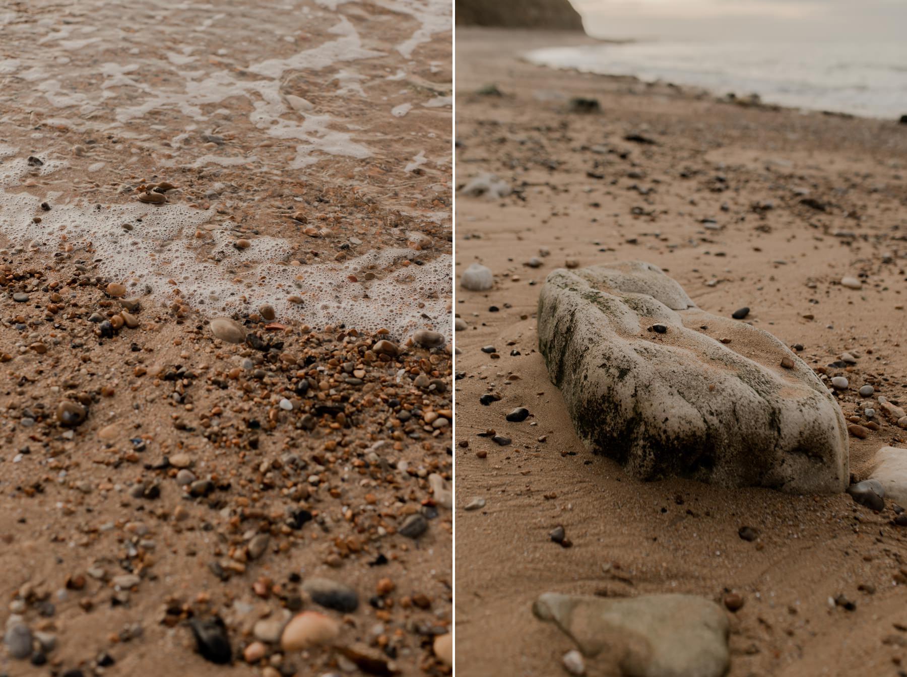 plage de galets mer normandie commes
