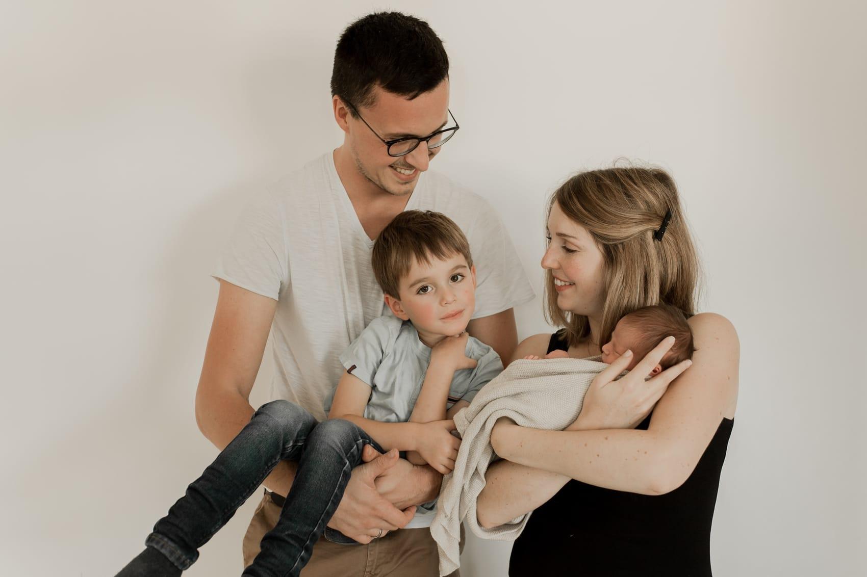 photographe photo allaitement nouveau né bébé à domicile caen calvados