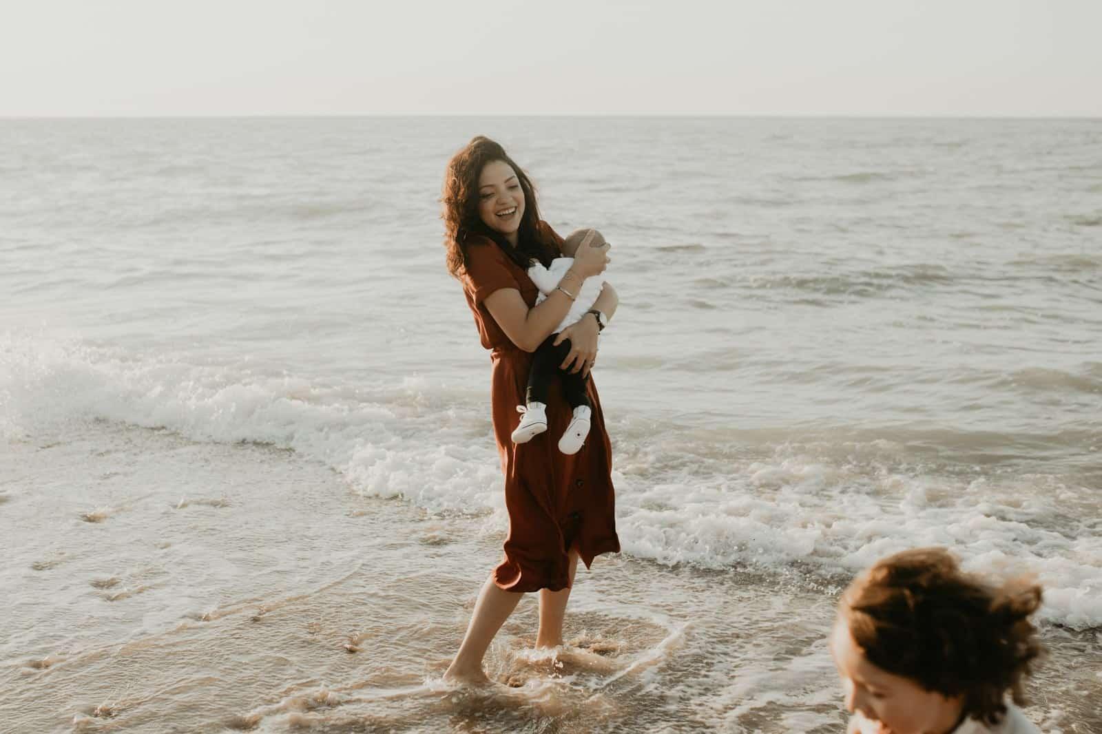 film enfant famille plage photo
